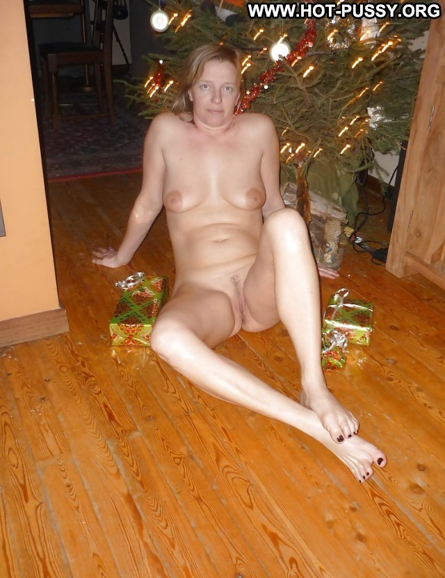Hazel Private Pictures Matures Amateur Ass Hot Christmas Mature