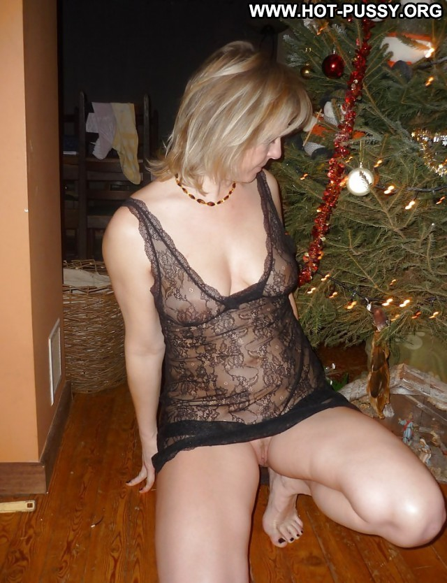 Hazel Private Pictures Ass Mature Matures Christmas Amateur Hot