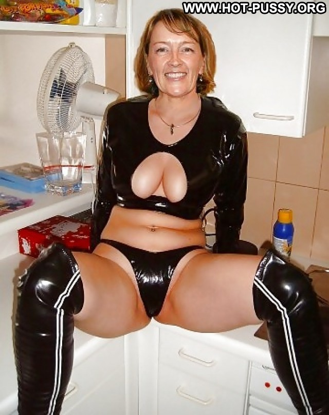 Peg Private Pictures Granny Amateur Matures Mature Ass Hot Stockings
